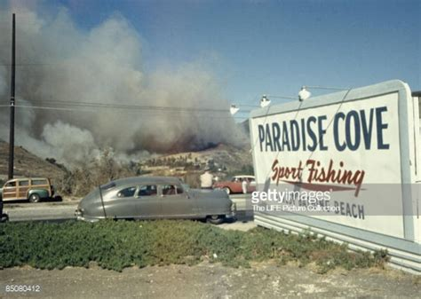 fires in paradise car by gettyimages